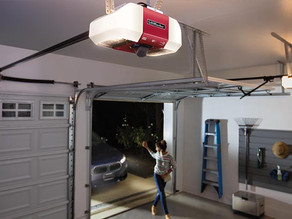 8 Reasons Why Your Garage Door Remote May Not Be Working