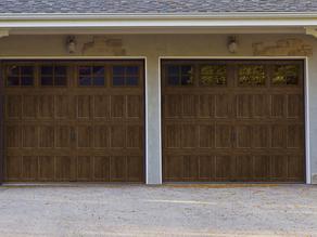 5 Reasons You Should Buy A New Garage Door