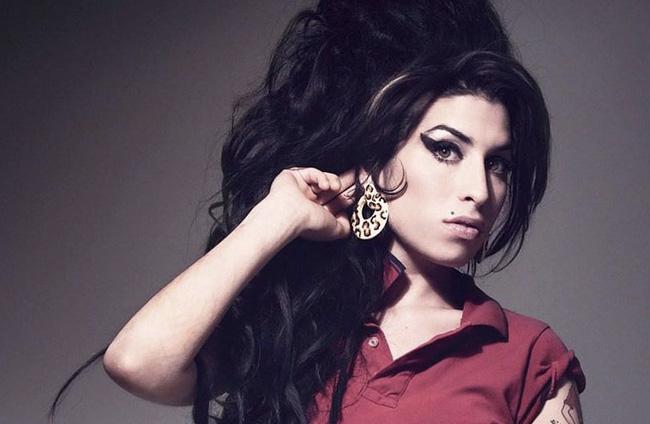 Amy Winehouse | Futuraskolan Magazine | Stepping Stones