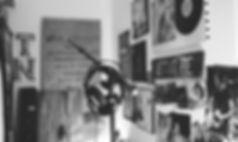 Music%20fan%E2%80%99s%20room_edited.jpg