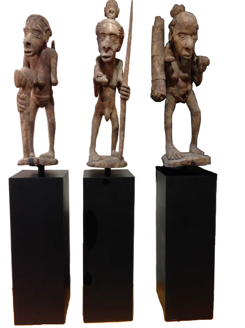Set de 3 SCULPTURES ANCIENNES DE PAPOUASIE
