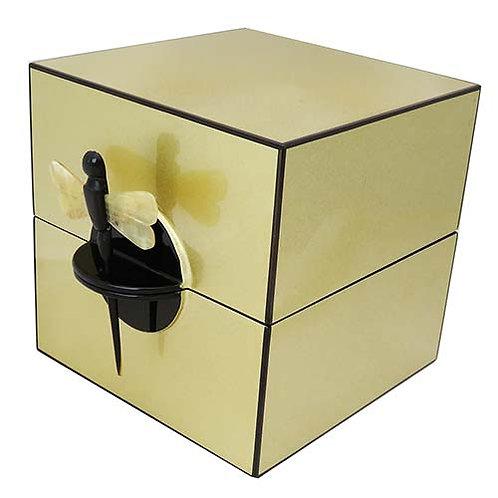 Boîte à bijoux laque dorée