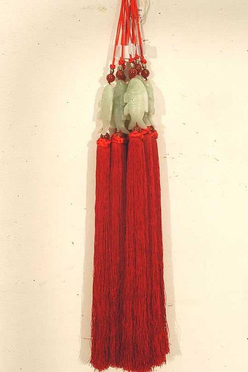 Porte bonheur en jade & soie rouge
