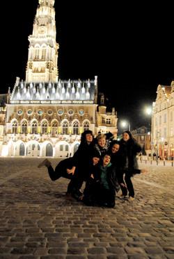 L'équipe sur la Grand Place