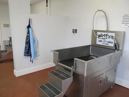 woofys inside.jpg