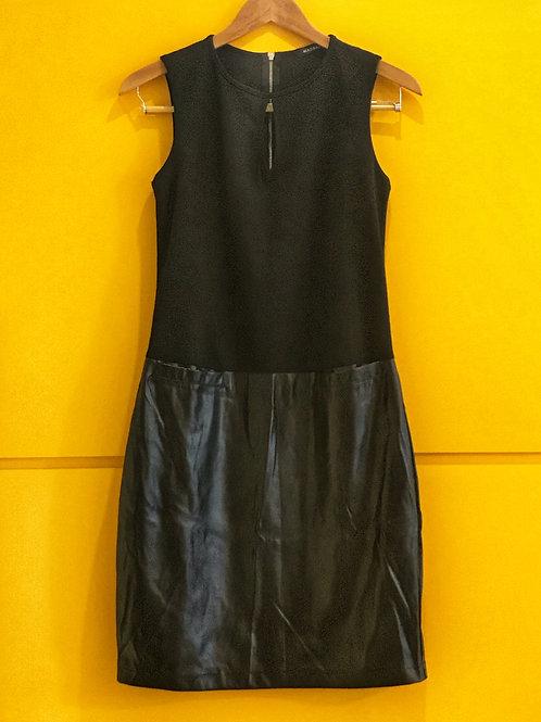 Vestido Preto Saia Couro
