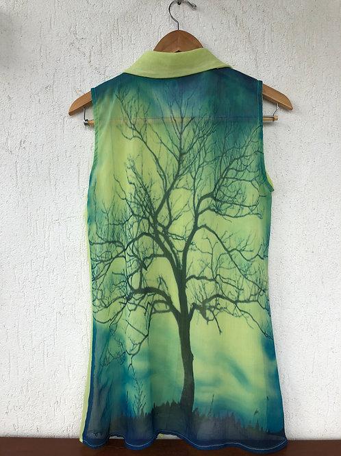 Camisa Verde Transparente Costas Árvore