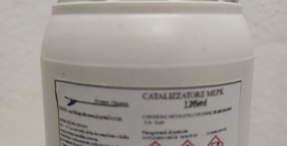 Catalizzatore per resina poliestere MEPK (Methyl Ethyl Ketone Peroxide)