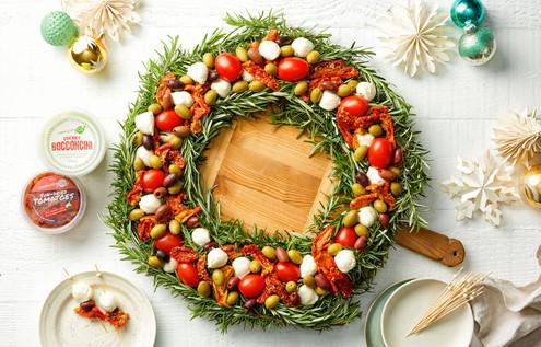 Chrismas Antipasto wreath