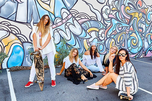Portraits-Street-Fashion-Group.jpg