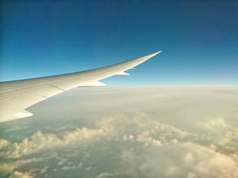 Make-up, haarproducten en verzorging in je handbagage tijdens het vliegen
