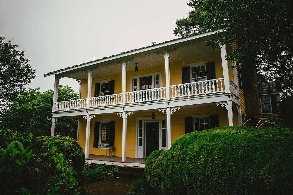 North Carolina Photographers| 1812 Hitching Post 1