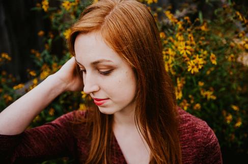 Headshot-Portrait-Flowers-Senior-Photogr