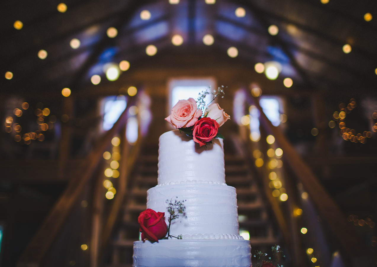 wedding-cake-reception.jpg