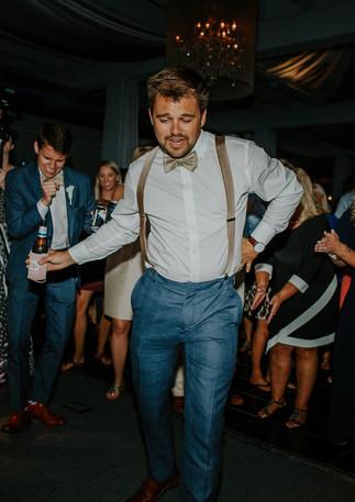 groom-reception-dancing.jpg