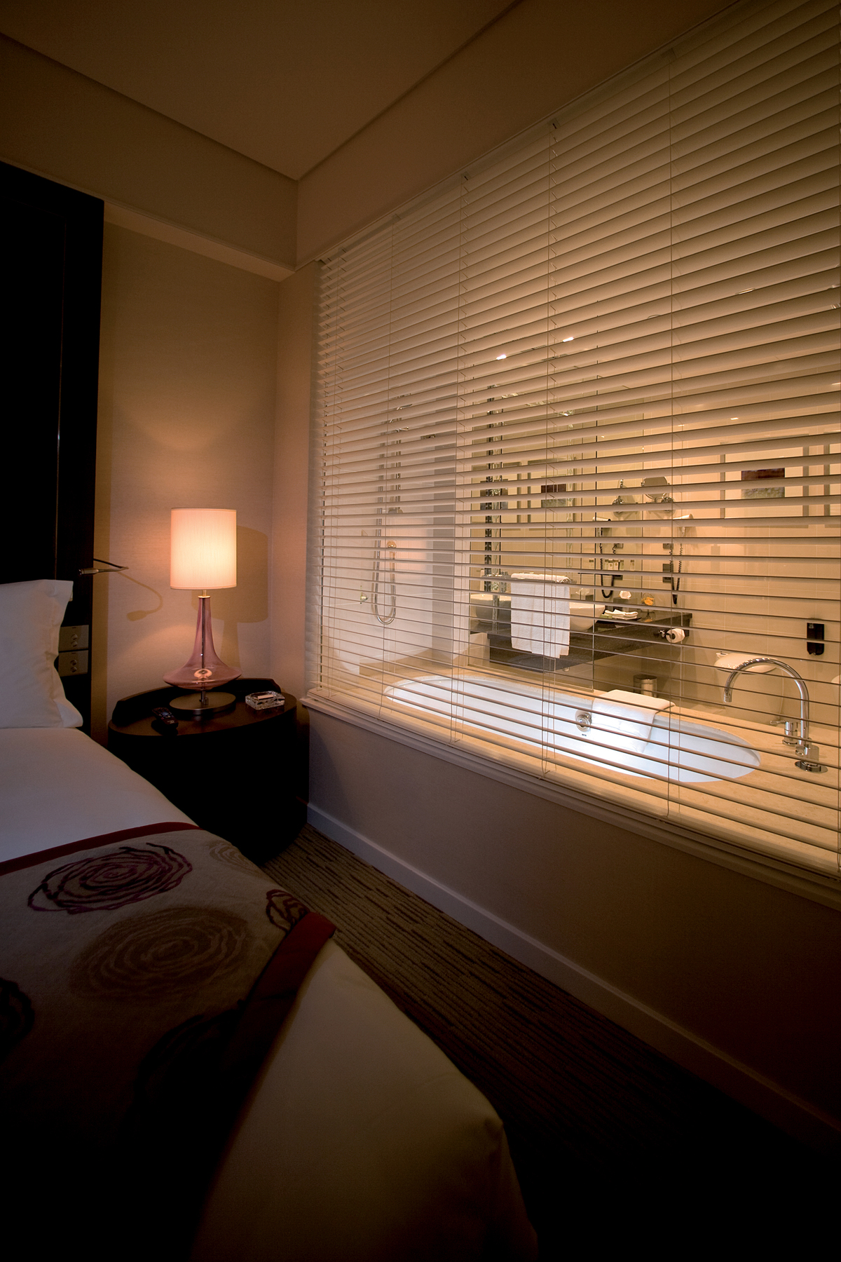 HD ARCHITECTURAL CONTRACT BLINDS
