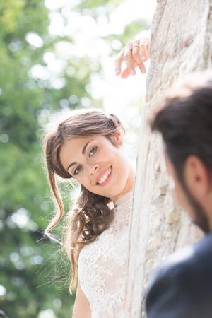 Braut vom Sonnenlicht geküsst