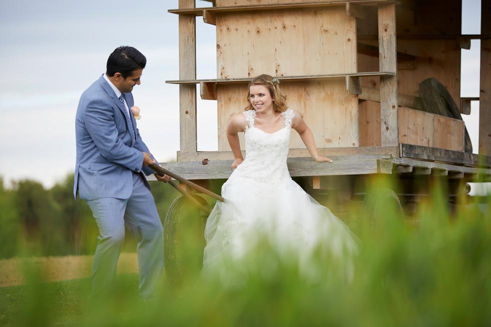 kreative Brautpaarshooting, Hochzeitsfotograf Allschwil