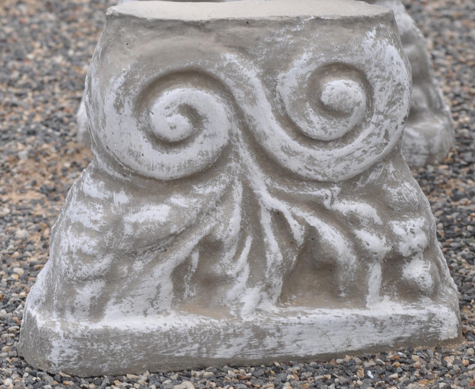 Bench leg Curly leaf