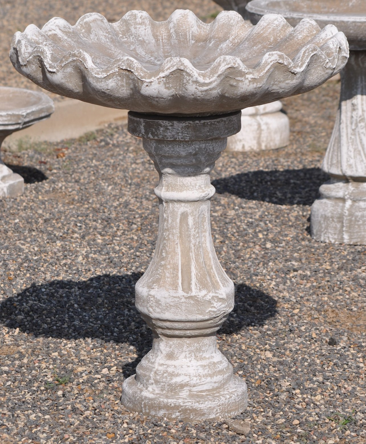 Classical Bird Bath