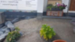 Vorgarten Vorher 1.jpeg