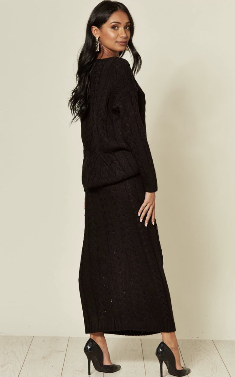 Thumbnail: Black Cable Knit Pocket Skirt and Jumper Coord
