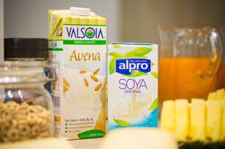 avena and soya milk