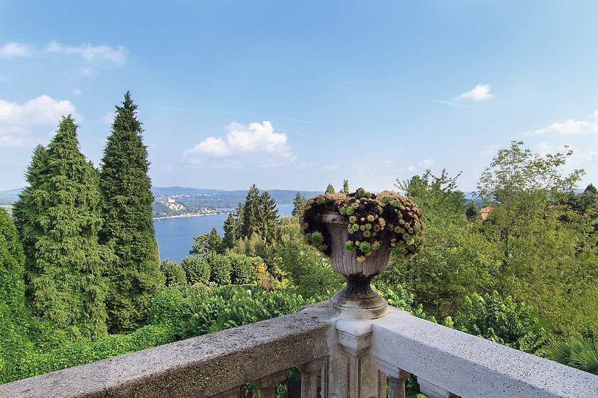 Panorama del lago Maggiore visto da White LIlac romantic B&B