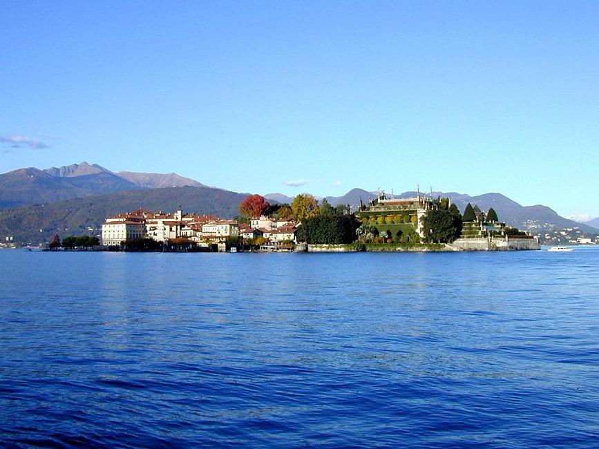 Isola Bella Lago Maggiore White Lilac romantic B&B