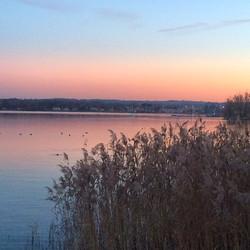 Il tramonto sul lago Maggiore