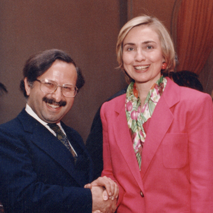An encounter with First Lady Hillary Clinton (Washington, D.C., USA, 1994)