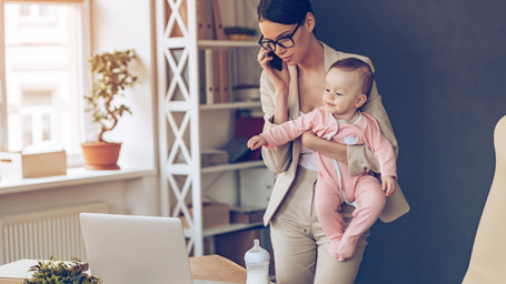 From Stay-at-Home Mom to Career Woman – Using Your Parenting Skills in the Workplace