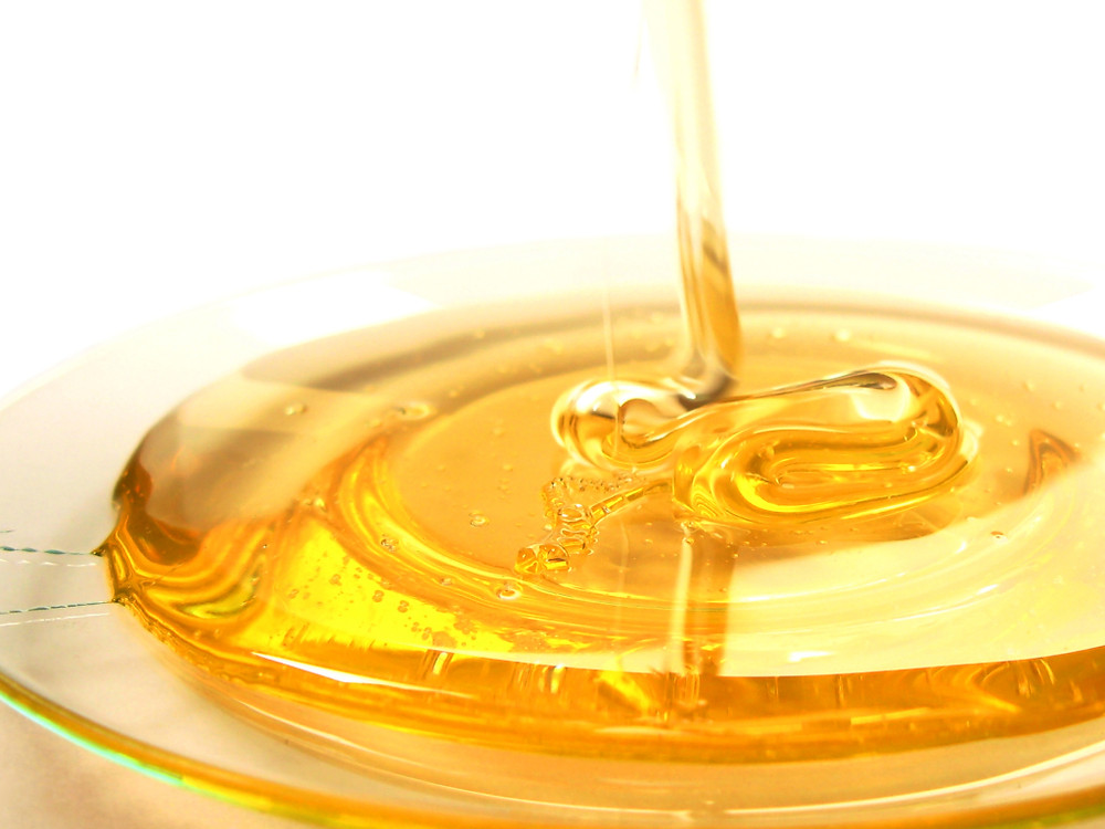 Honey: Put a lot on you, not so much in you. Image via www.modachicago.com