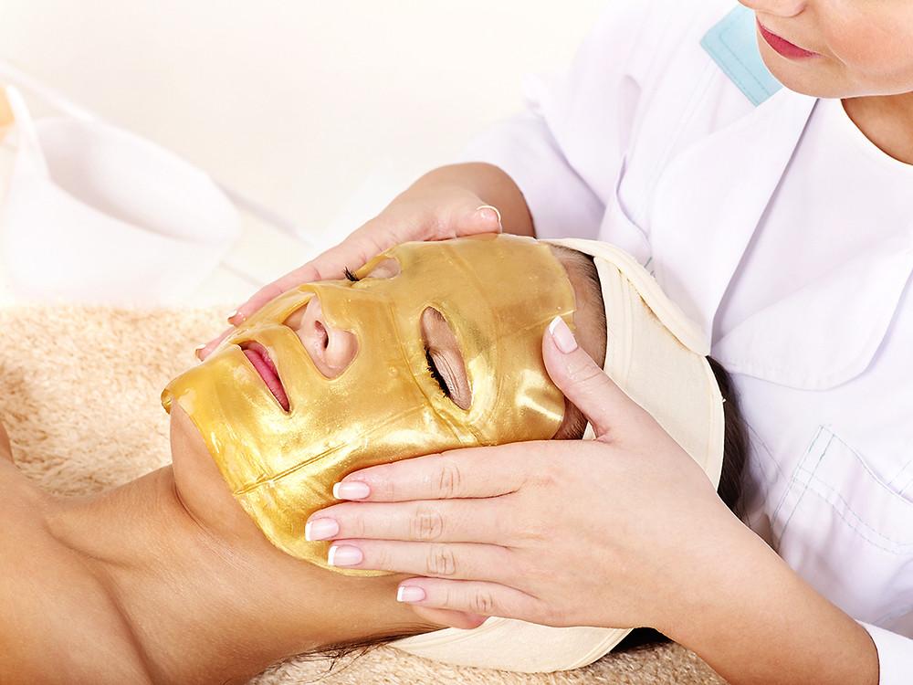 gold_facial_mask
