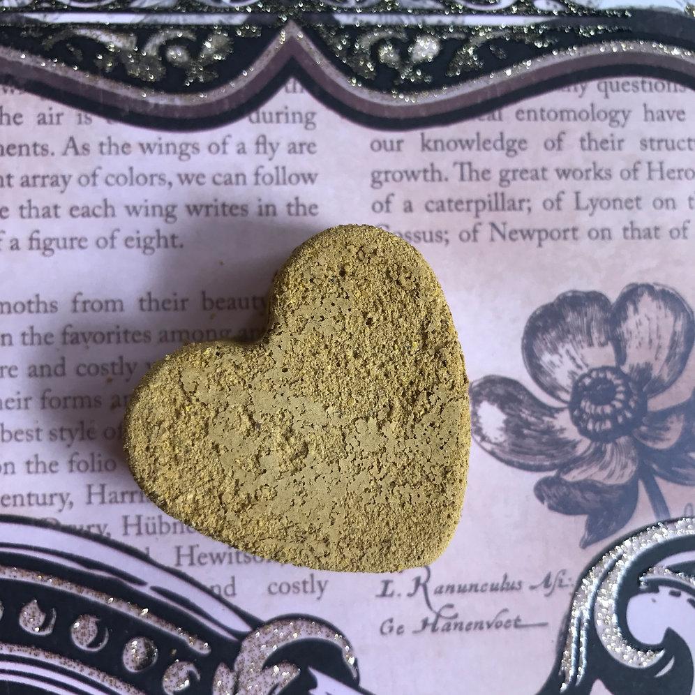 Hatshepsut Clay Heart Bittie Bar | The Raw Spa