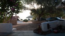 Θέα στη θάλασσα από βεράντα σπτιού