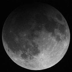 moon_eclipse_20130425_TV101_irpass_2007aUTC
