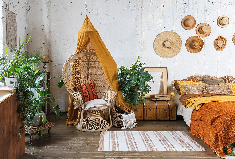 Bohemian Home Decor | How to Create a Boho-Chic Home, Modern bohemian interior design. What is bohemian home style? How do you decorate boho chic? What does boho style look like?
