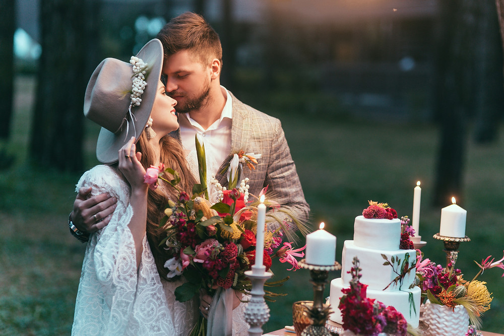 How to have a bohemian wedding | Boho wedding ideas on a budget.  Boho wedding ideas on a budget. How to Plan a boho wedding. Bohemian lifestyle blog. How to be a bohemian. What is bohemianism.