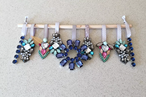 DIY upcycled jewelry crafts | UpcycledJewelry | Recycle OldJewelry