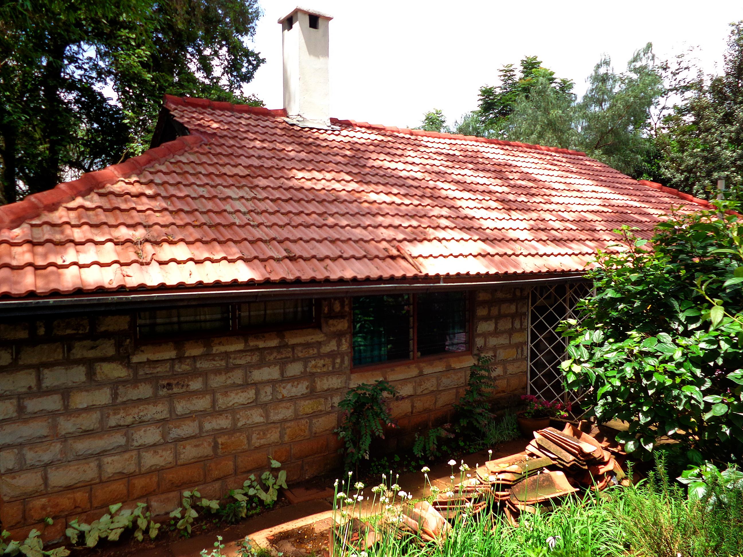Cottage 8 2 April 2013.jpg