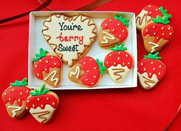 'You're berry sweet' cookie gift box
