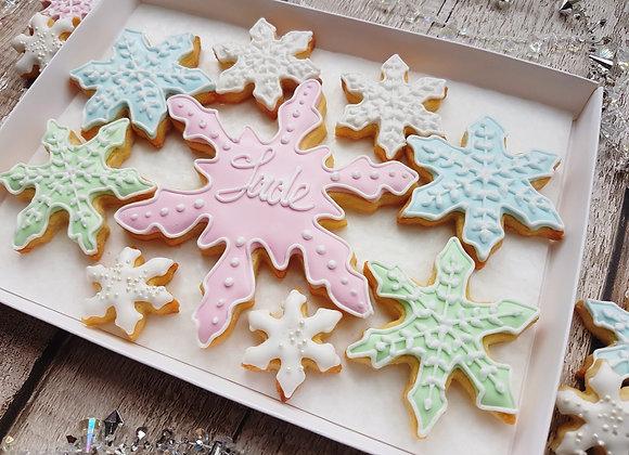 Personalised snowflake cookies