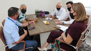 Rosana Valle quer primeira agência dos Correios nos morros de Santos