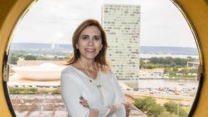 Rosana Valle viabiliza acesso via internet a publicações antigas de Santos