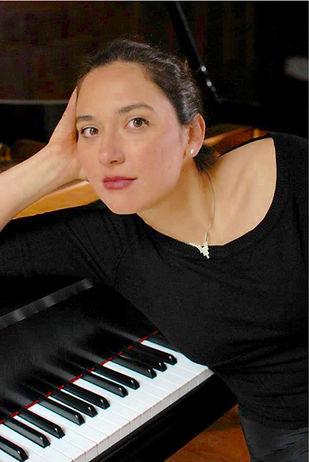 Vlada Yaneva-piano (3).jpg