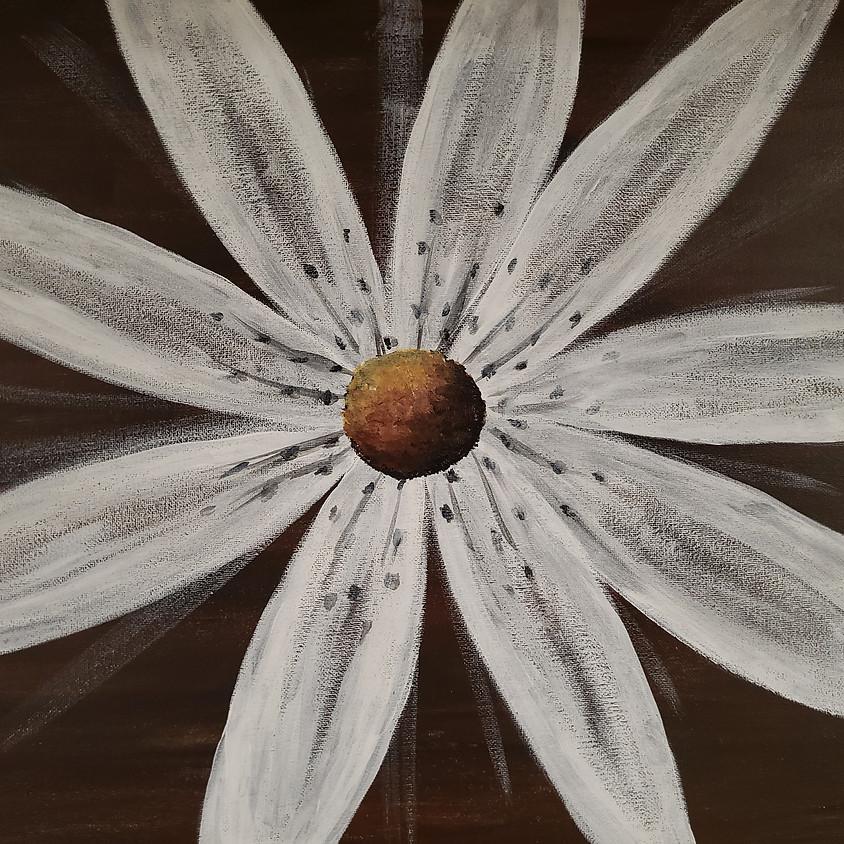 White Daisy 7pm