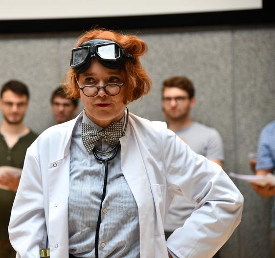Frau Doktor Chorforsch