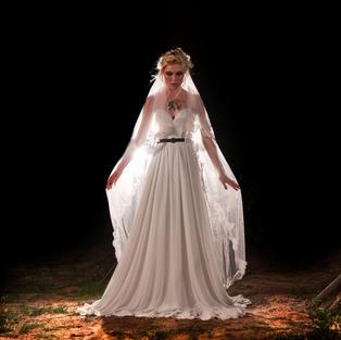 צילום קטלוג שמלות כלה