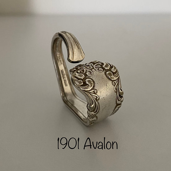 '1901 Avalon' Silver Spoon Handle Heart